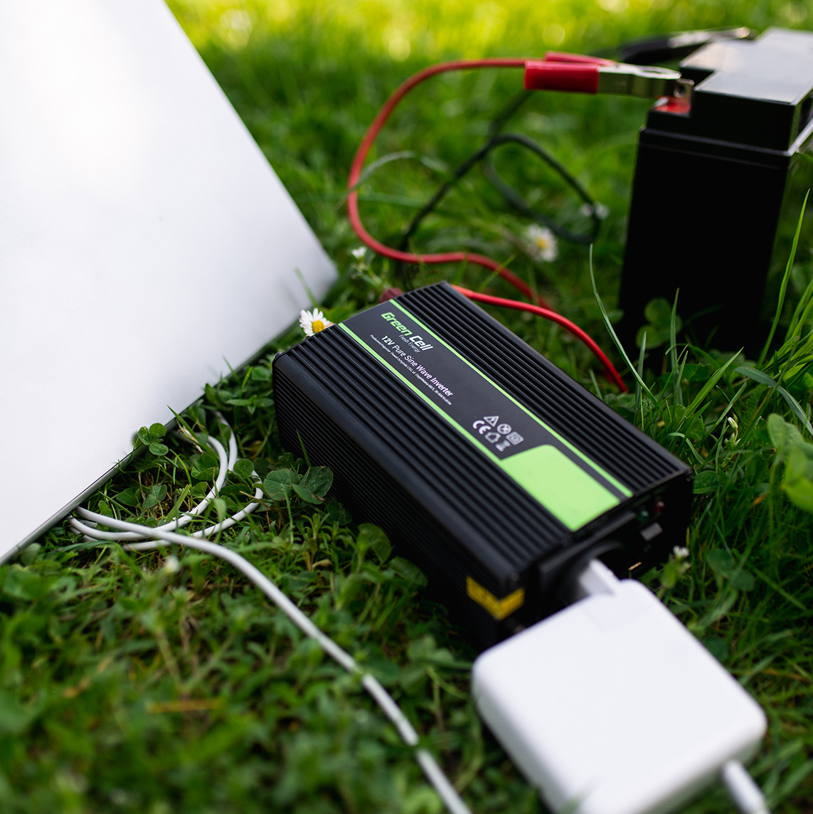 Car Power Inverter Green Cell 24V to 230V, 1500W/3000W
